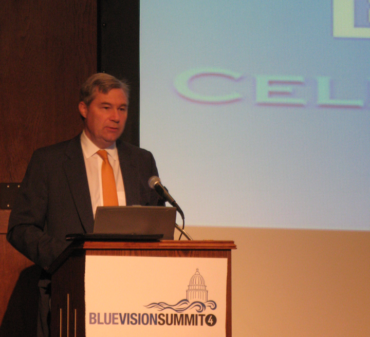 Senator Sheldon Whitehouse addressing Blue Vision Summit attendees (© Courtney Mattison)