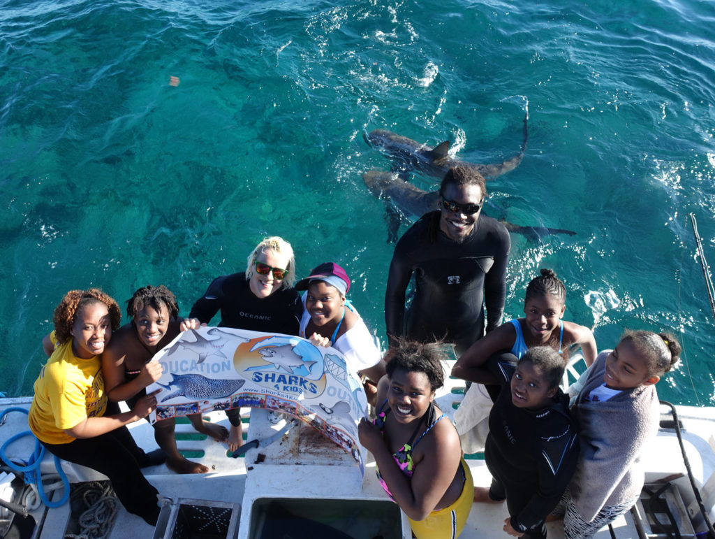 Students watching Caribbean reef sharks (c) Duncan Brake