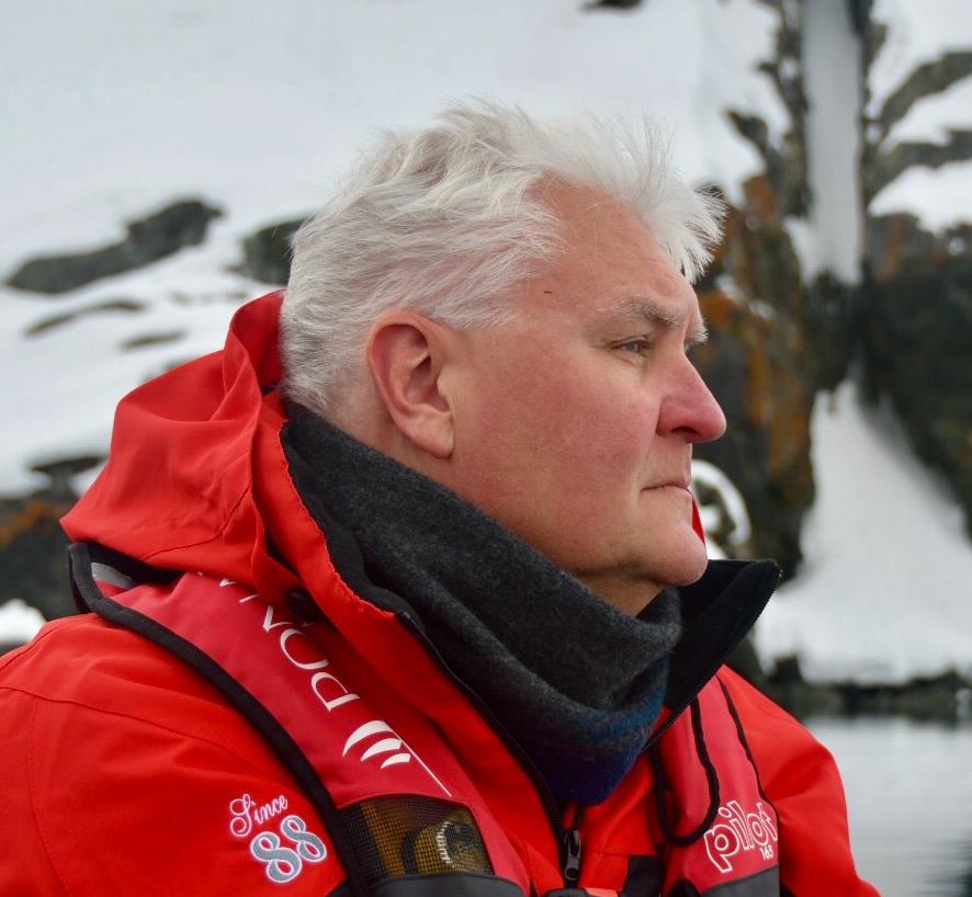 Carl Gustaf Lundin : Managing Director